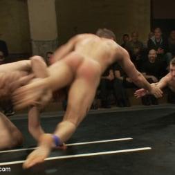 Leo Forte in 'Kink Men' Trent Diesel and Sebastian Keys vs Leo Forte and DJ Live Match (Thumbnail 8)