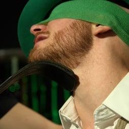 Luke Hudson in 'Kink Men' Showered in Gold: Johnny Hill and Luke Hudson (Thumbnail 2)