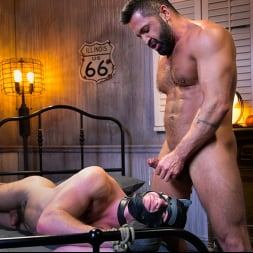 Mac Savage in 'Kink Men' Housebroken: Beefy Underwear Pervert Breaks Into The Wrong House (Thumbnail 27)