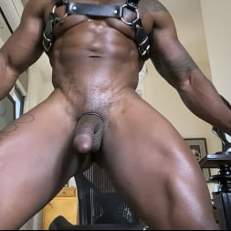 Max Konnor in 'Kink Men' is So Fucking Horny For You (Thumbnail 4)