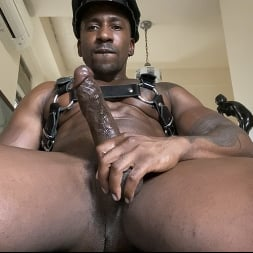 Max Konnor in 'Kink Men' is So Fucking Horny For You (Thumbnail 9)