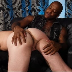 Micah Martinez in 'Kink Men' and Alex Hawk: The Hot Electrician (Thumbnail 9)