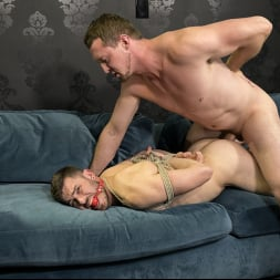Pierce Paris in 'Kink Men' For Better or For Worse Part 2: Step Brother Gets RAW Vengeance (Thumbnail 10)