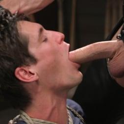Pierce Paris in 'Kink Men' Manhandles Tony Orlando (Thumbnail 15)