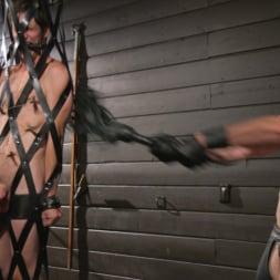 Pierce Paris in 'Kink Men' Manhandles Tony Orlando (Thumbnail 22)