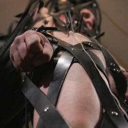 Pierce Paris in 'Kink Men' Manhandles Tony Orlando (Thumbnail 23)