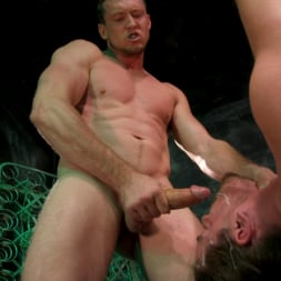Pierce Paris in 'Kink Men' Straight Stud Bound and Terrorized to Relive HOLIDAY HORROR Abduction (Thumbnail 17)