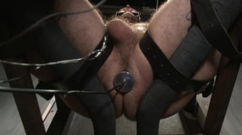 Ruckus in 'Pro Dom Ruckus takes the 30 pound flogger'