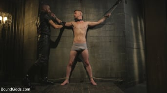 Sebastian Keys in 'Slave boy with a giant cock submits to the whims of Mr Keys'