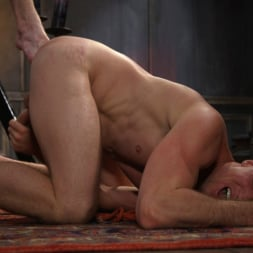 Pierce Paris in 'Kink Men' Sore Loser: Muscle stud Pierce Paris Gets Beat and Foot-Fucked (Thumbnail 6)