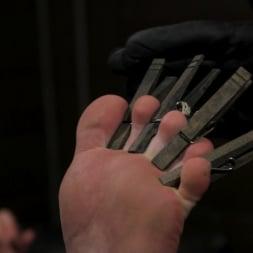 Sebastian Keys in 'Kink Men' The Good Slave: Tough built boy Brian Bonds returns (Thumbnail 4)