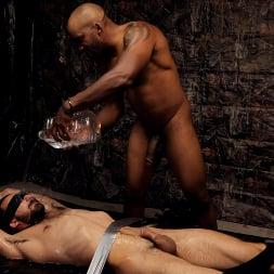 Smash Thompson in 'Kink Men' Peeping Johnny: Smash Thompson and Johnny B, RAW (Thumbnail 6)