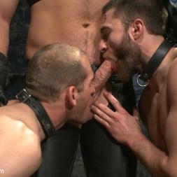 Van Darkholme in 'Kink Men' Ice Torment - Bound Gods Live Show (Thumbnail 5)