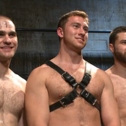Van Darkholme in 'Kink Men' Ice Torment - Bound Gods Live Show (Thumbnail 7)