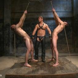 Van Darkholme in 'Kink Men' Ice Torment - Bound Gods Live Show (Thumbnail 9)
