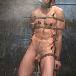 Van Darkholme in 'Kink Men' Ice Torment - Bound Gods Live Show (Thumbnail 12)