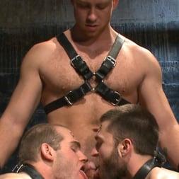 Van Darkholme in 'Kink Men' Ice Torment - Bound Gods Live Show (Thumbnail 13)