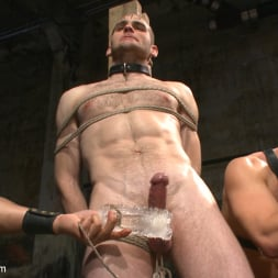 Van Darkholme in 'Kink Men' Ice Torment - Bound Gods Live Show (Thumbnail 17)