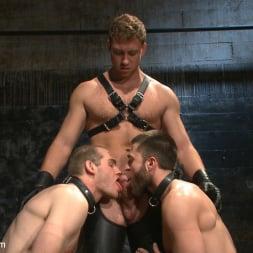 Van Darkholme in 'Kink Men' Ice Torment - Bound Gods Live Show (Thumbnail 19)