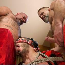 Vander Pulaski in 'Kink Men' Homo Alone, Part One: Vander Pulaski Taken Down in Home Invasion (Thumbnail 18)