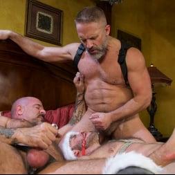 Vander Pulaski in 'Kink Men' Homo Alone, Part One: Vander Pulaski Taken Down in Home Invasion (Thumbnail 31)