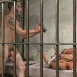 Wolf Hudson in 'Kink Men' Arrogant Cop Tormented by His Prisoner (Thumbnail 13)