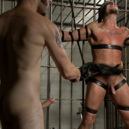 Wolf Hudson in 'Kink Men' Arrogant Cop Tormented by His Prisoner (Thumbnail 16)